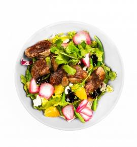 Žaliosios salotos su vištienos kepenėlėmis